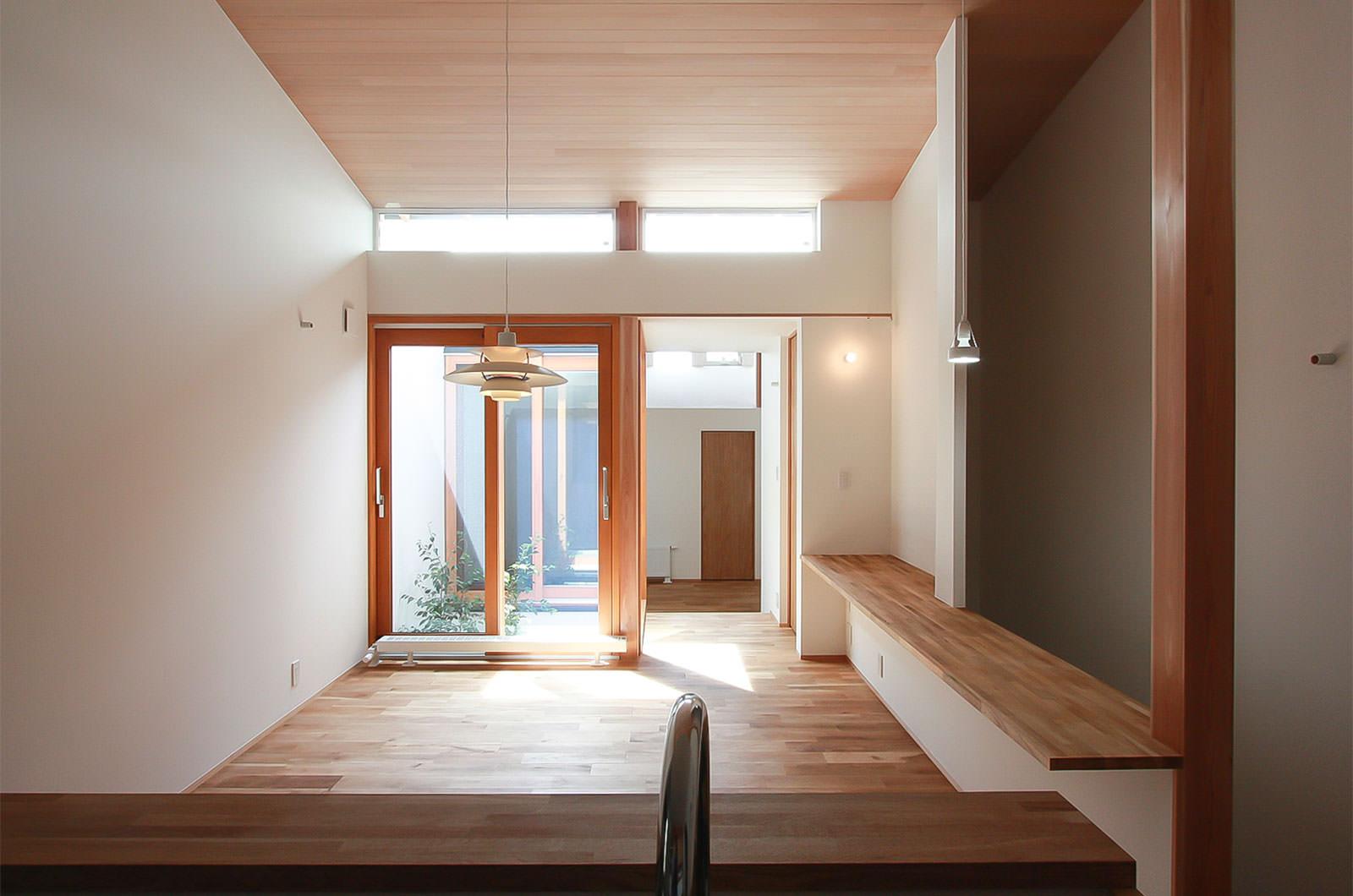 弓ノ町の家